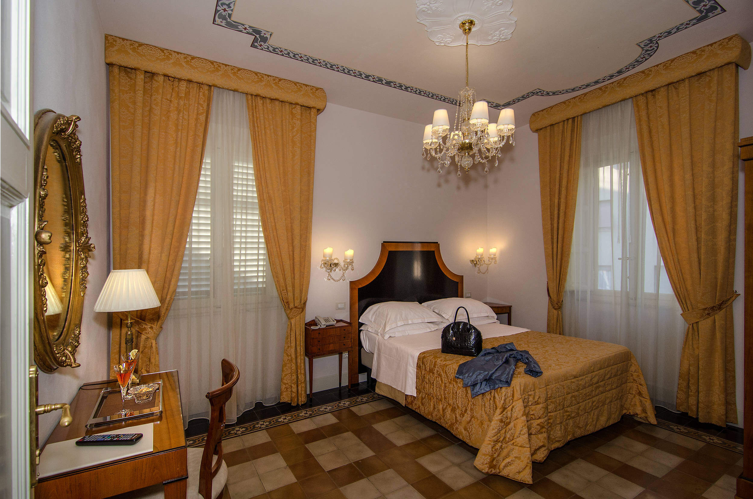 B&B Lucca rooms reservation Lucca Comics offers Tuscany